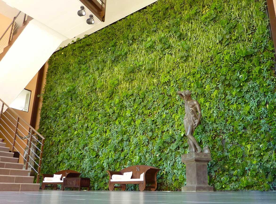 Fachadas verdes activas canevaflor productos for Que es un jardin vertical